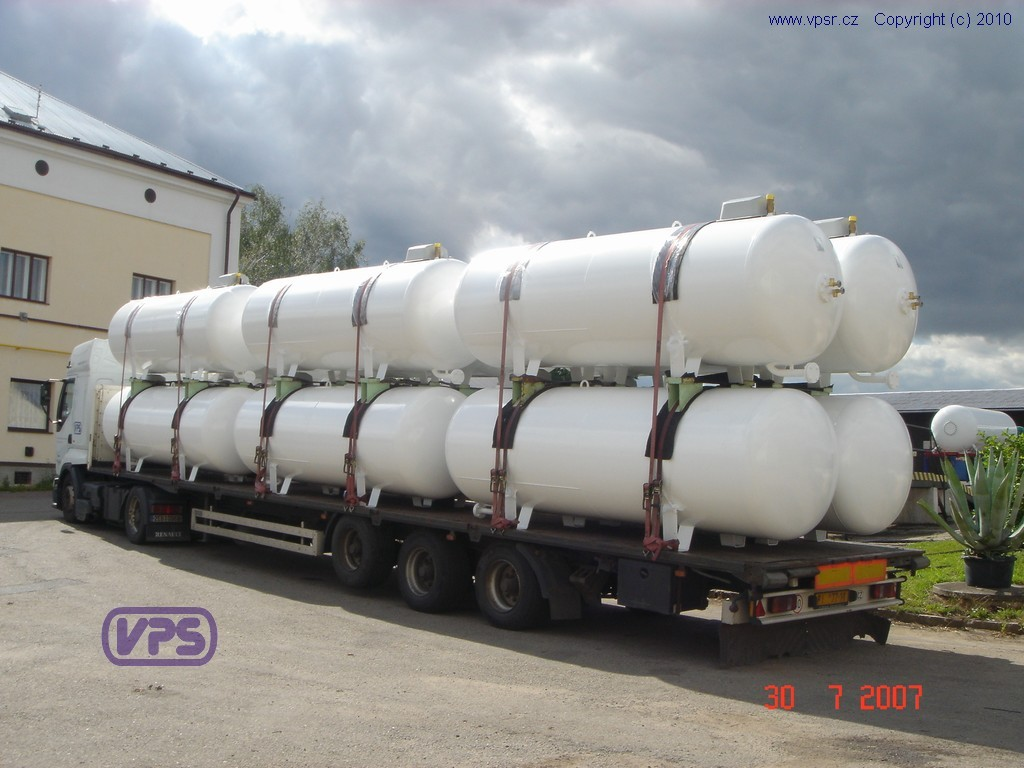Transport of LPG tanks